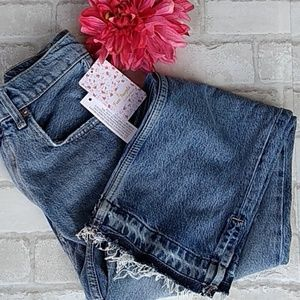 Free People Distressed Jeans sz 28